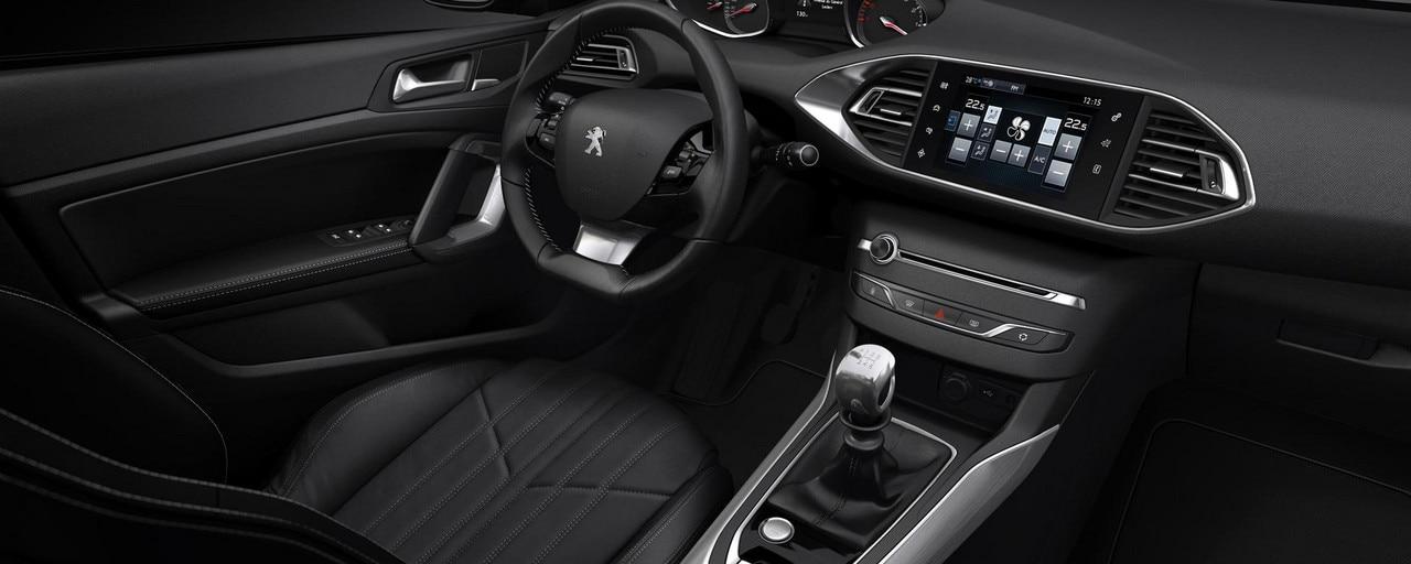 /image/36/2/i-cockpit-full.219362.jpg